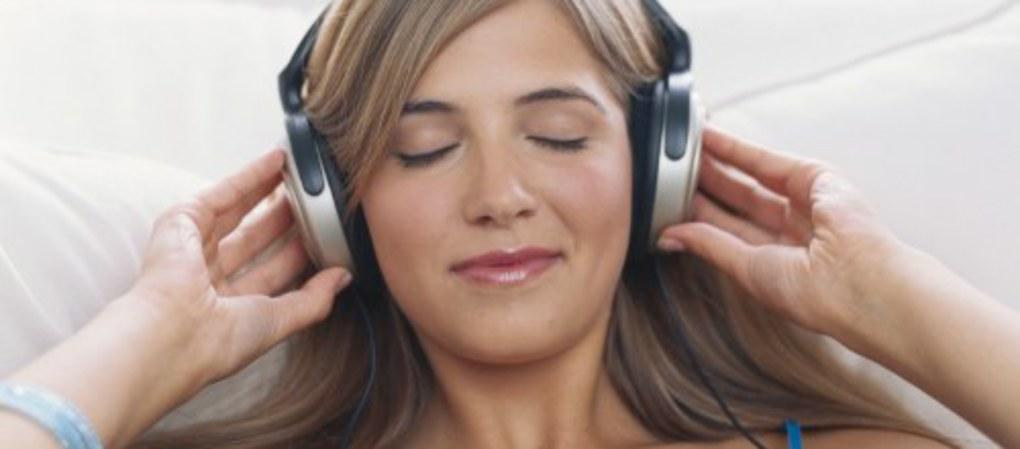 ¿Los auriculares pueden dañarte el oído?